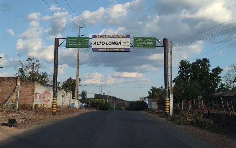 Prefeitura de Alto Longá-PI prevê gastos de quase R$ 50 mil para consertar um único carro